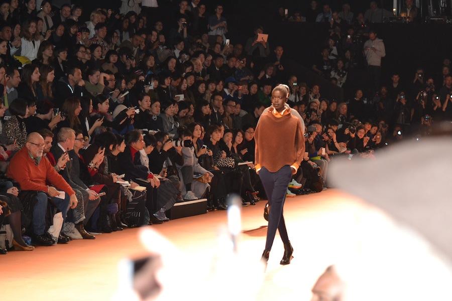 Issey-Miyake-lenastore-lenafashion-fashion-show-a:w-2014:15-Parigi-26