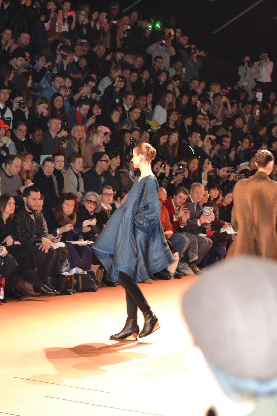 Issey-Miyake-lenastore-lenafashion-fashion-show-a:w-2014:15-Parigi-30