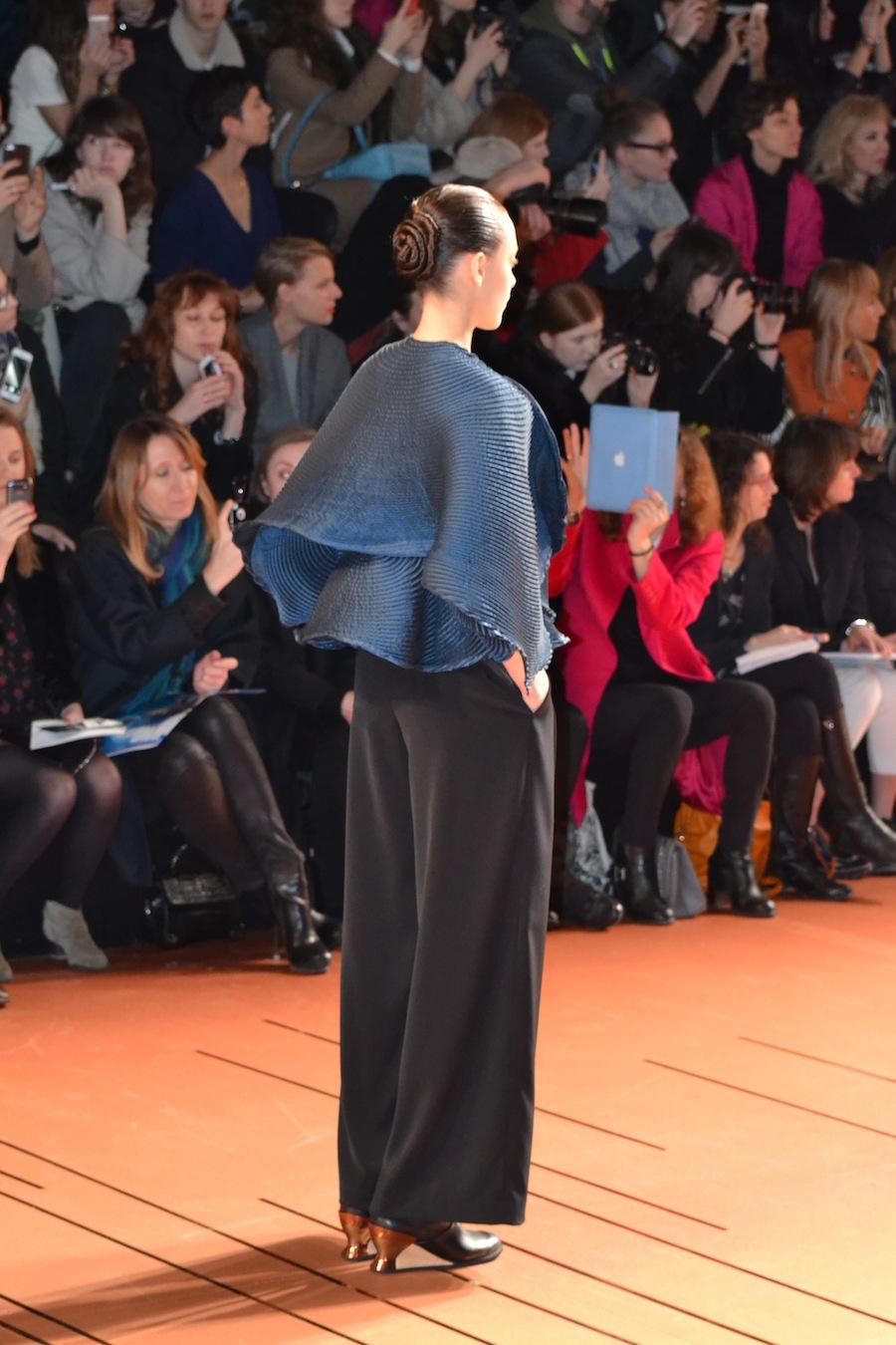 Issey-Miyake-lenastore-lenafashion-fashion-show-a:w-2014:15-Parigi-32