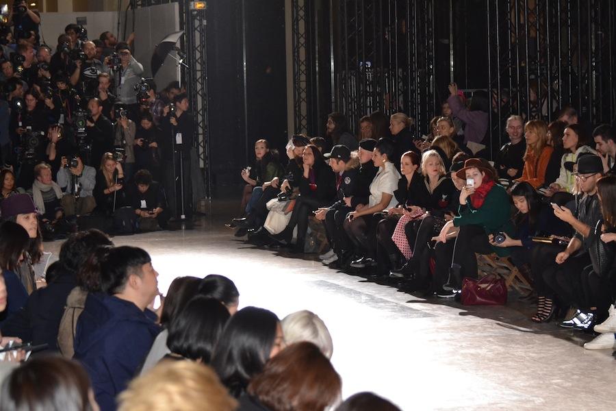 Yohji-Yamamoto-lenastore-lenafashion-fashion-show-a:w-2014:15-Parigi-19