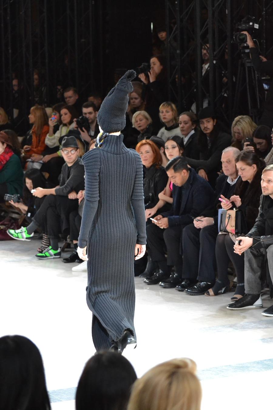 Yohji-Yamamoto-lenastore-lenafashion-fashion-show-a:w-2014:15-Parigi-48