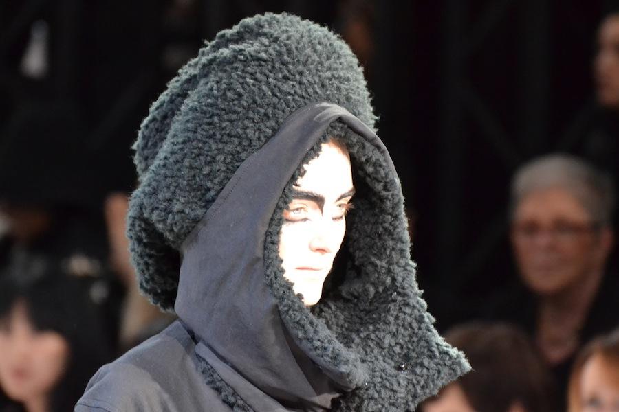 Yohji-Yamamoto-lenastore-lenafashion-fashion-show-a:w-2014:15-Parigi-50
