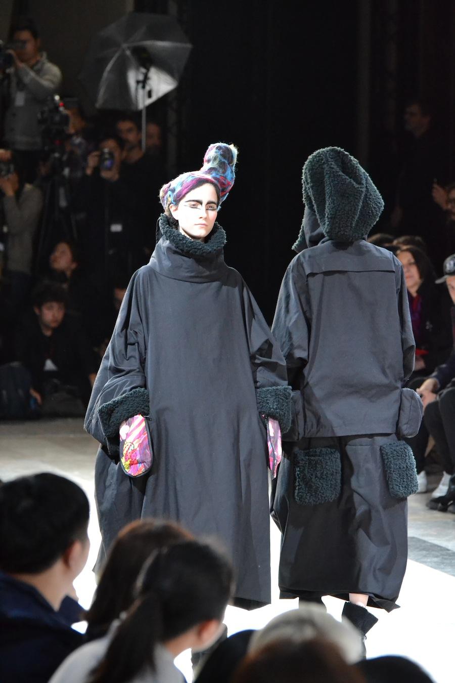 Yohji-Yamamoto-lenastore-lenafashion-fashion-show-a:w-2014:15-Parigi-51