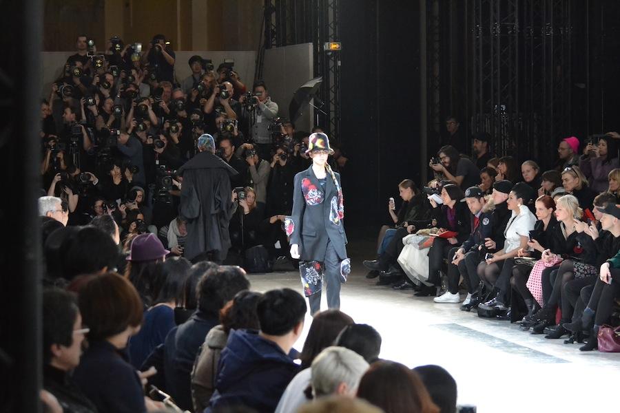 Yohji-Yamamoto-lenastore-lenafashion-fashion-show-a:w-2014:15-Parigi-53