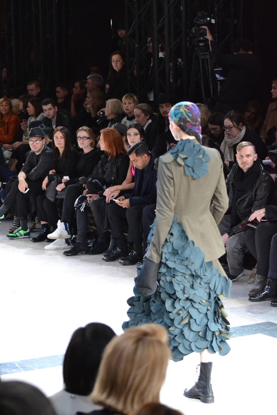 Yohji-Yamamoto-lenastore-lenafashion-fashion-show-a:w-2014:15-Parigi-60