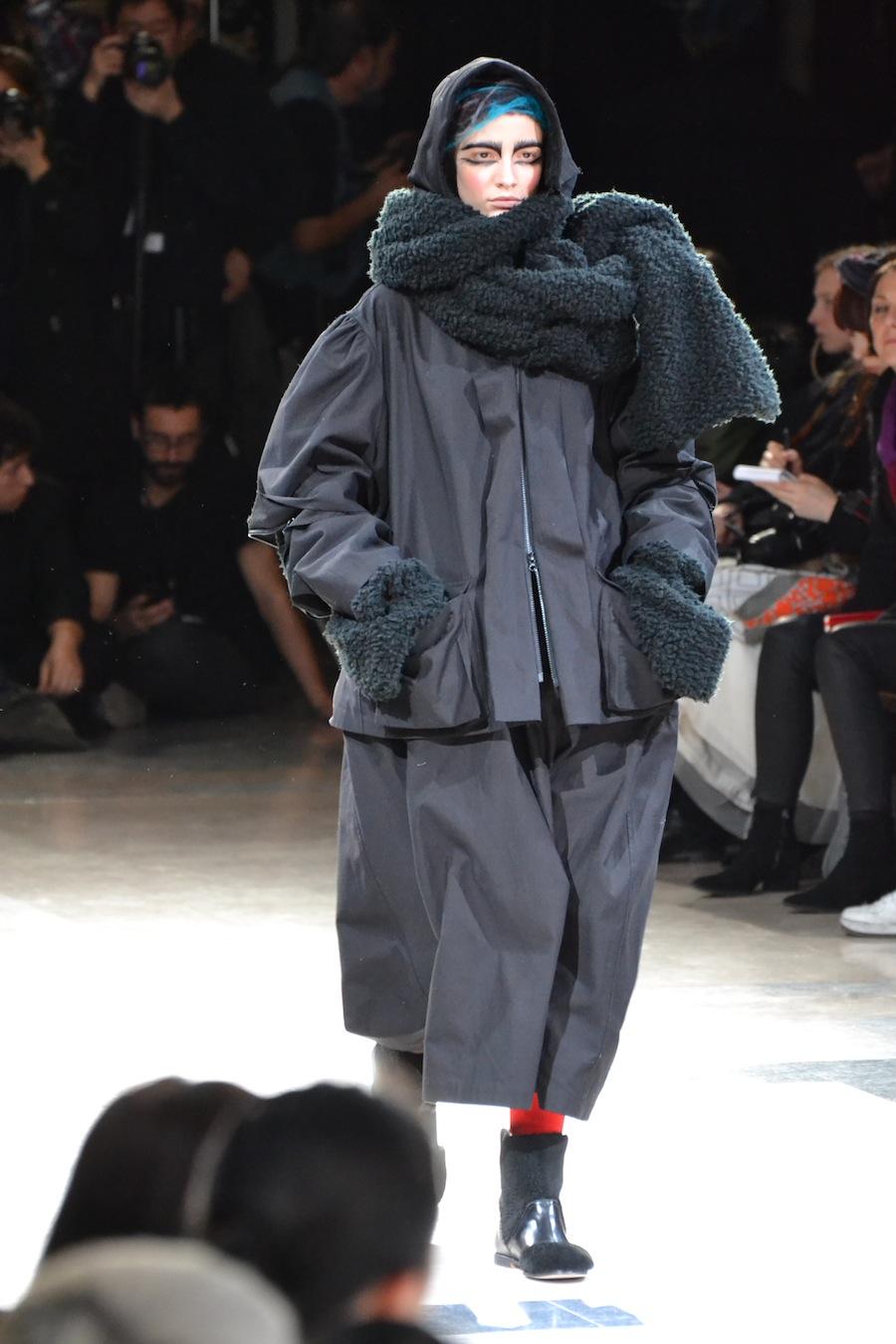 Yohji-Yamamoto-lenastore-lenafashion-fashion-show-a:w-2014:15-Parigi-65
