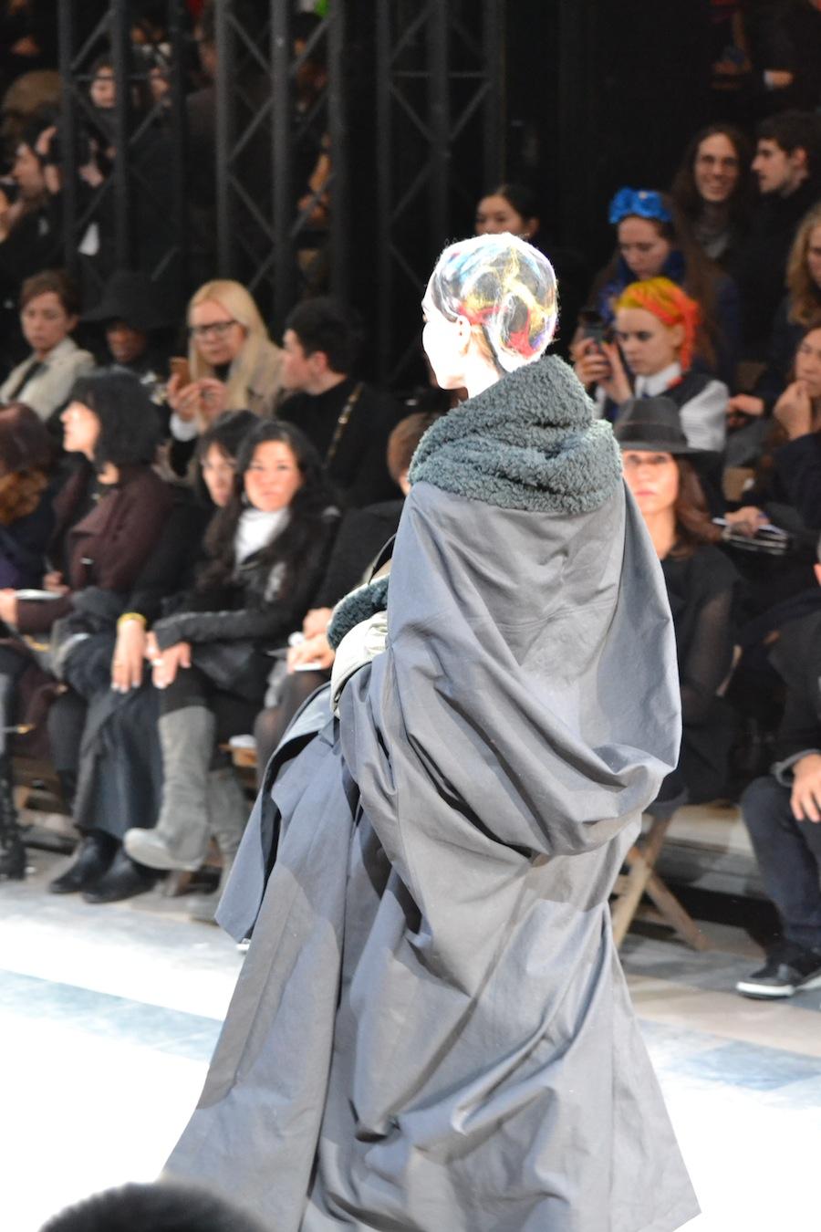 Yohji-Yamamoto-lenastore-lenafashion-fashion-show-a:w-2014:15-Parigi-76