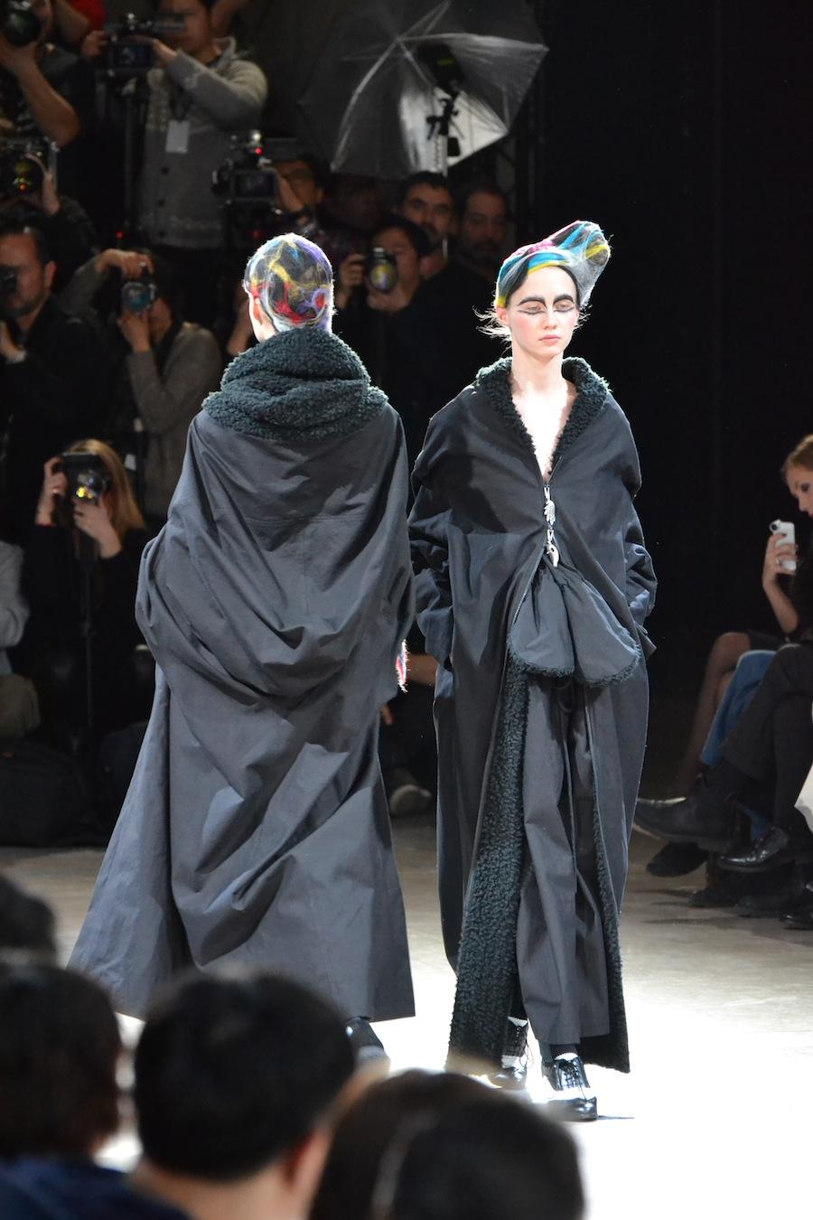 Yohji-Yamamoto-lenastore-lenafashion-fashion-show-a:w-2014:15-Parigi-77