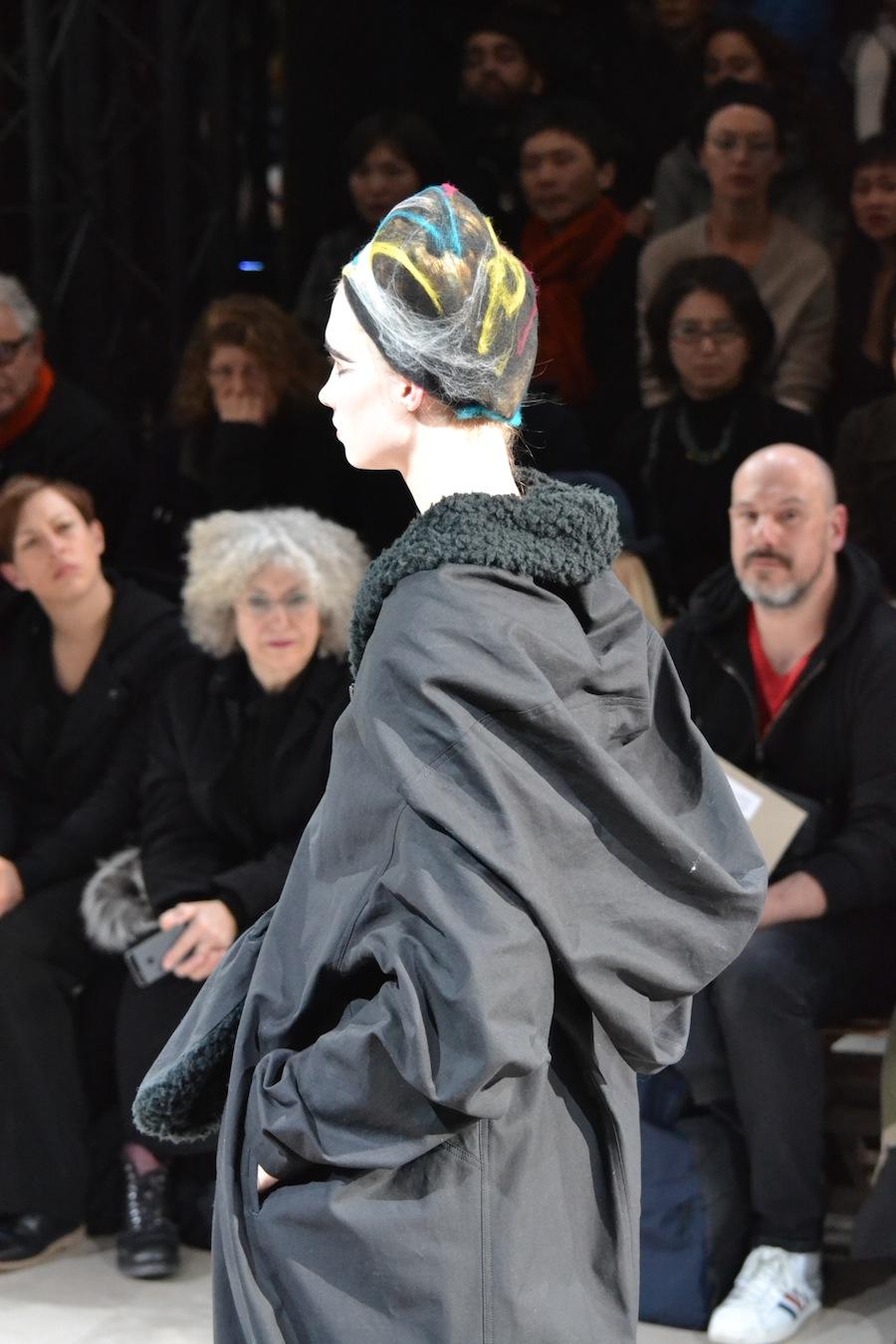 Yohji-Yamamoto-lenastore-lenafashion-fashion-show-a:w-2014:15-Parigi-78
