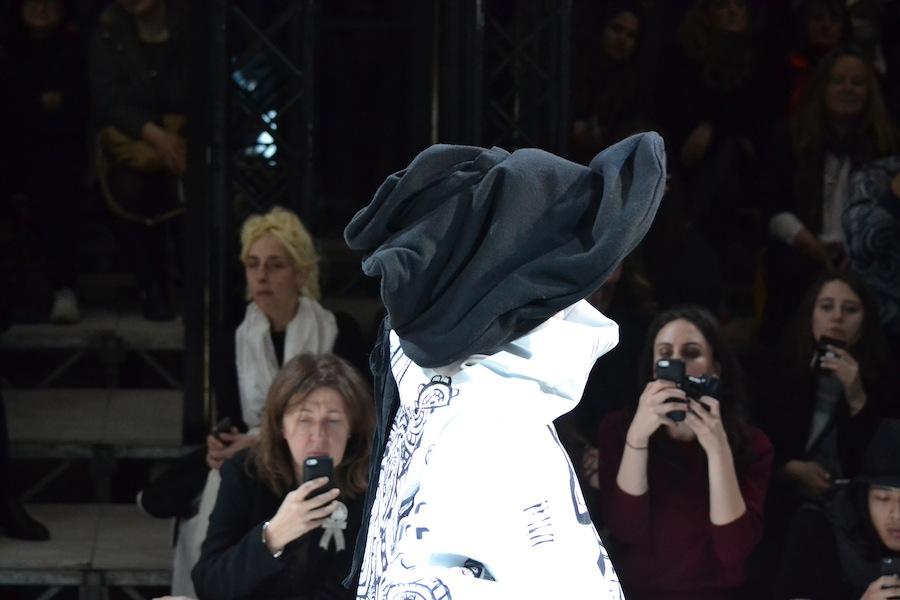 Yohji-Yamamoto-lenastore-lenafashion-fashion-show-a:w-2014:15-Parigi-80