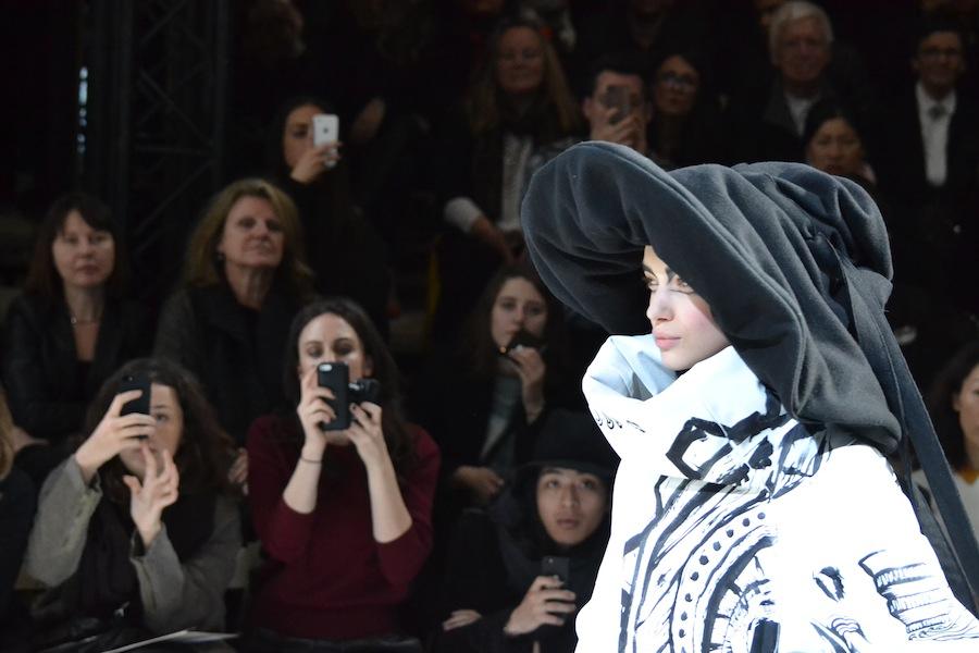 Yohji-Yamamoto-lenastore-lenafashion-fashion-show-a:w-2014:15-Parigi-81