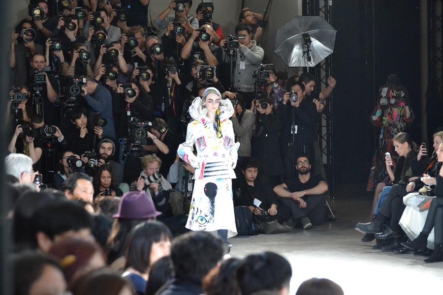 Yohji-Yamamoto-lenastore-lenafashion-fashion-show-a:w-2014:15-Parigi-85