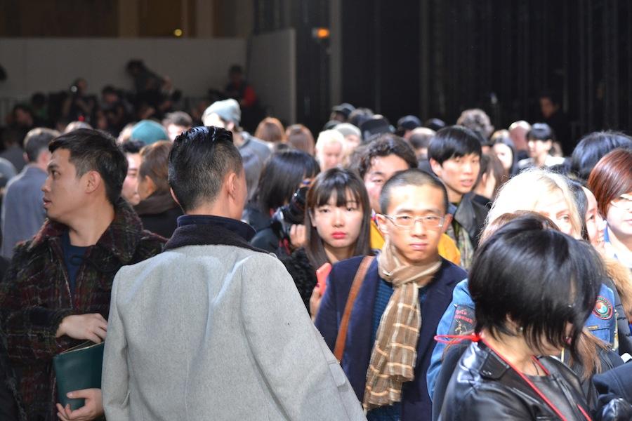 Yohji-Yamamoto-lenastore-lenafashion-fashion-show-a:w-2014:15-Parigi-96