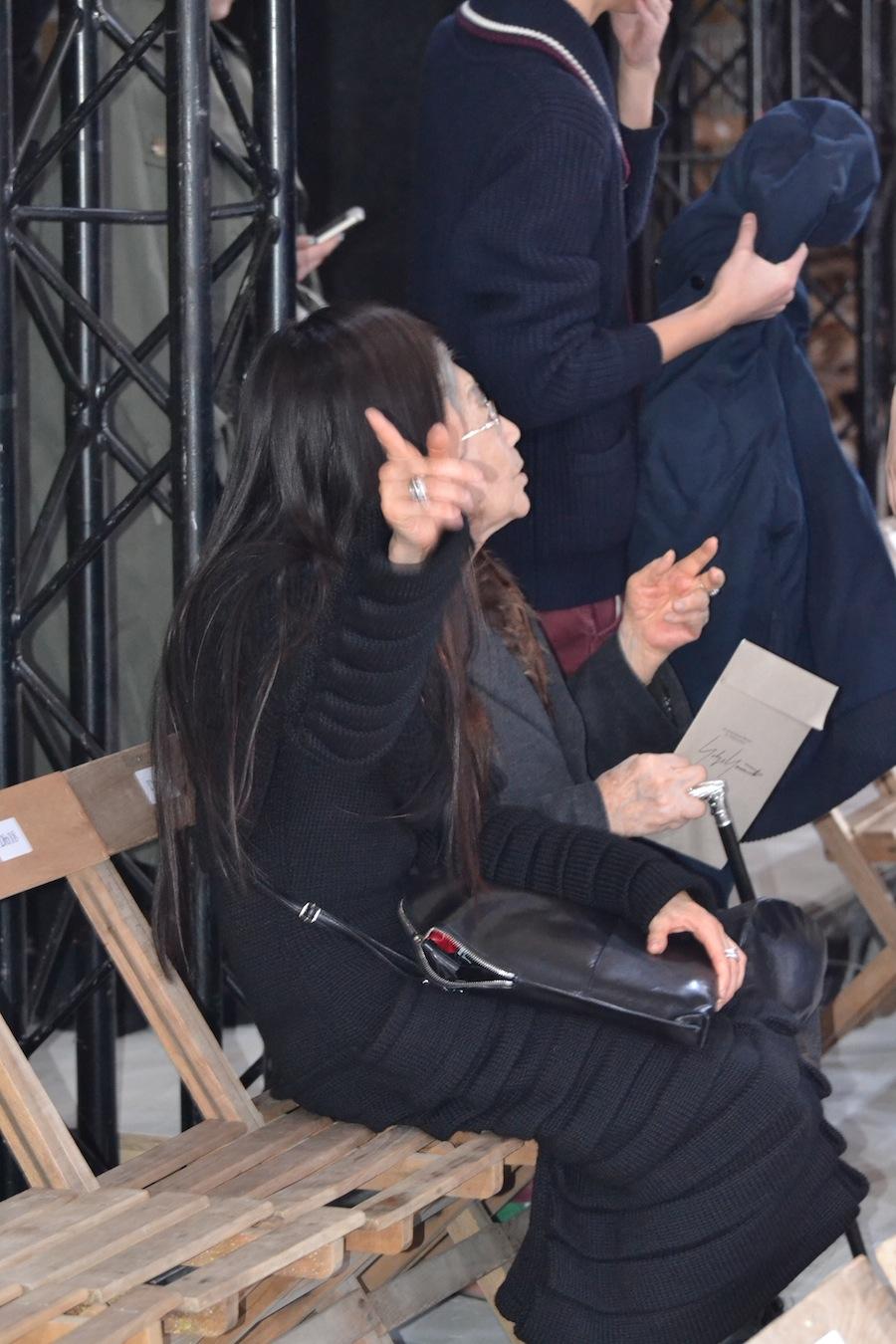 Yohji-Yamamoto-lenastore-lenafashion-fashion-show-a:w-2014:15-Parigi-97