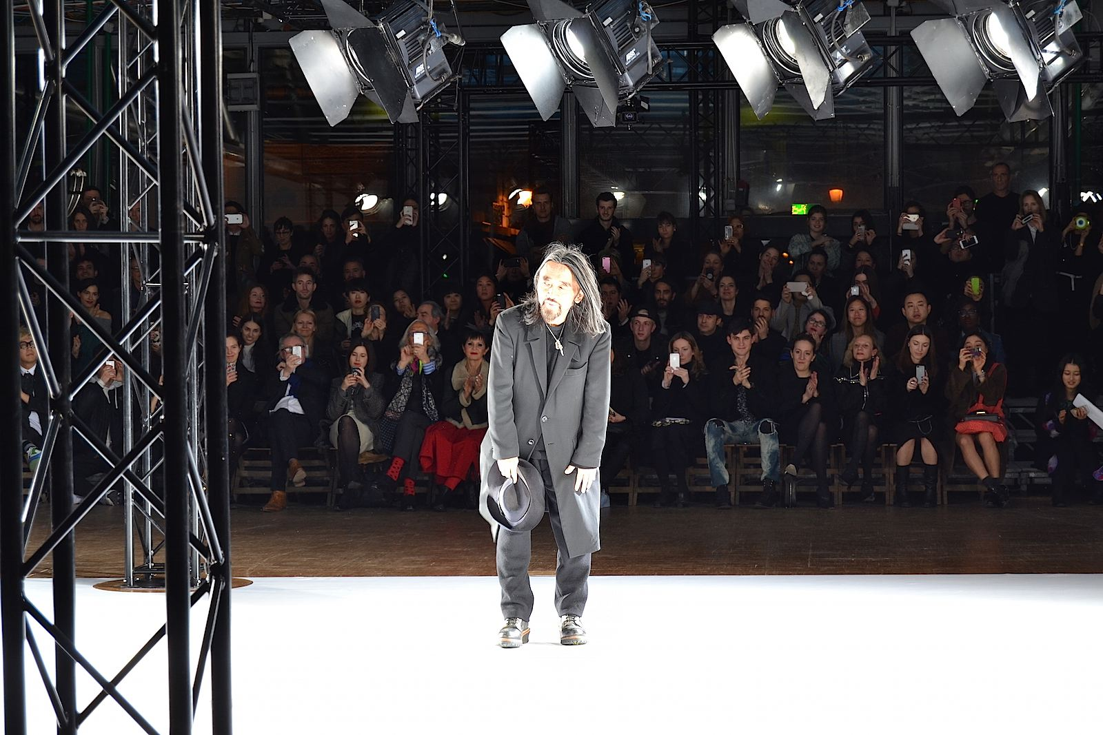 yohji-yamamoto-lenastore-lenapatrizia-lenafashion-paris-fashion-week-2015-11