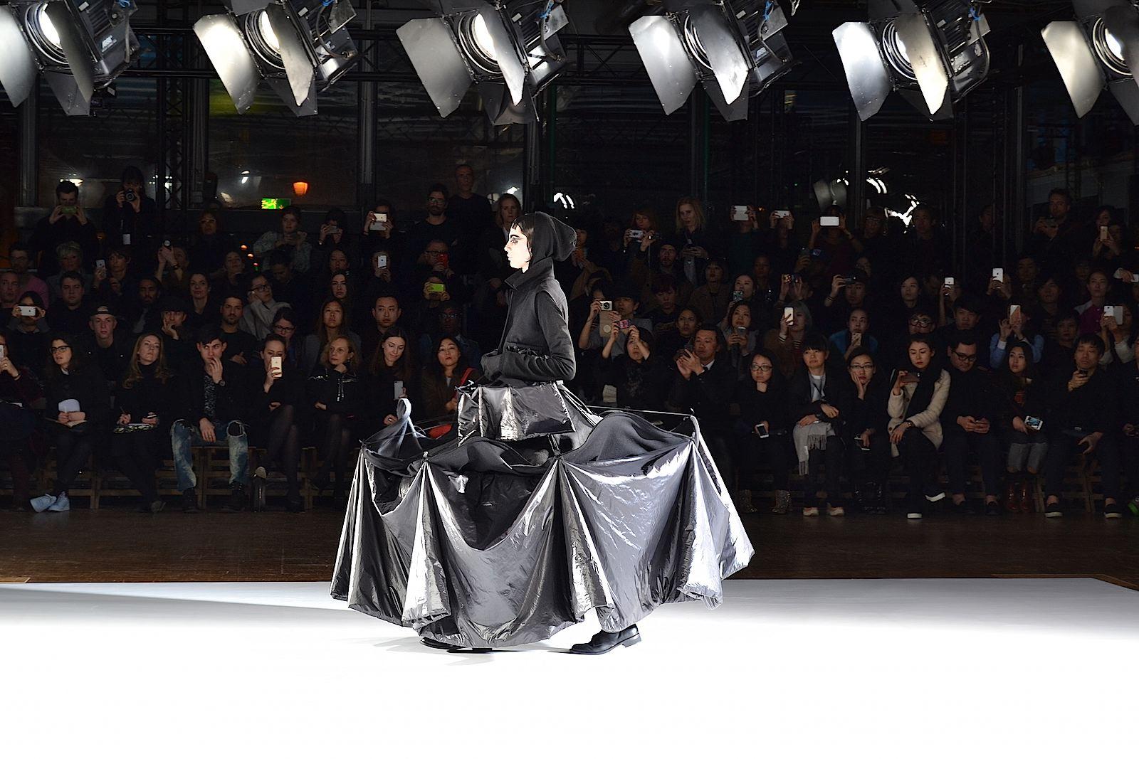 yohji-yamamoto-lenastore-lenapatrizia-lenafashion-paris-fashion-week-2015-7